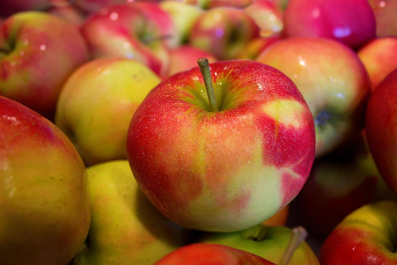 Are Apples Healthy for Men?