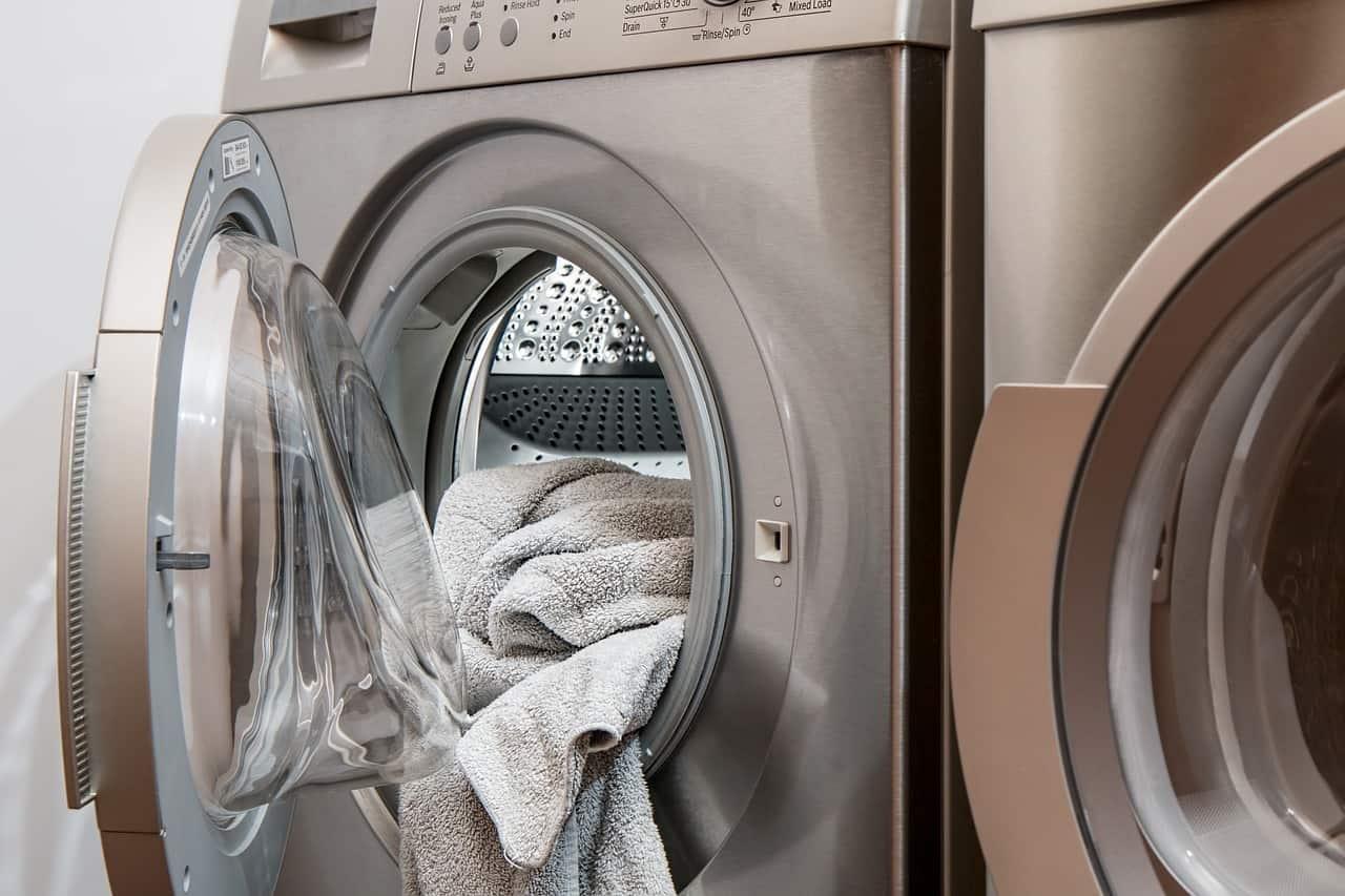 Older men should do more housework (study)